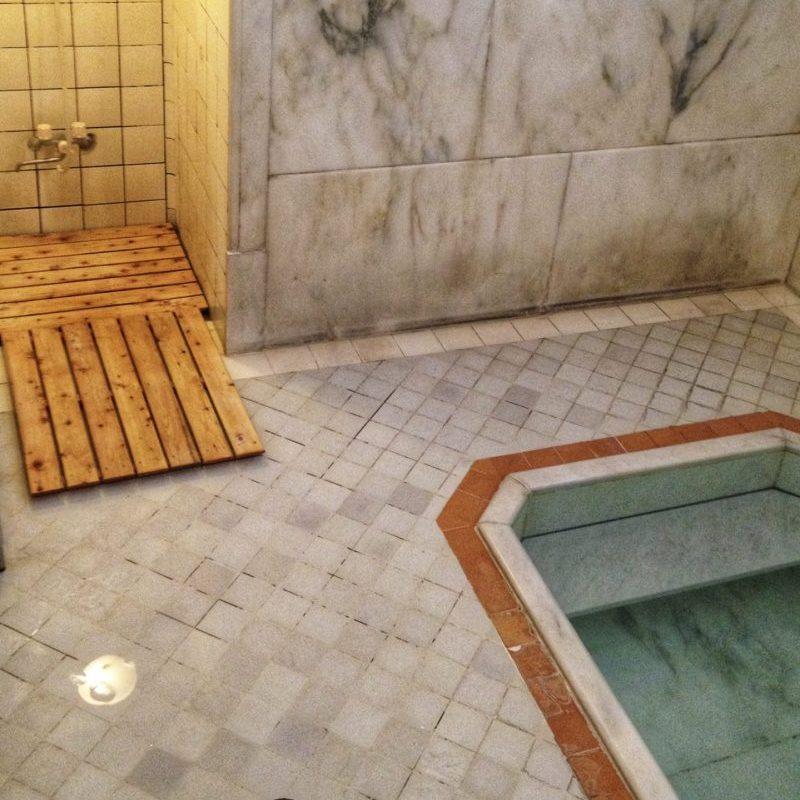 Private Family Hot Spring Bath Facilities in Ichinoyu Honkan